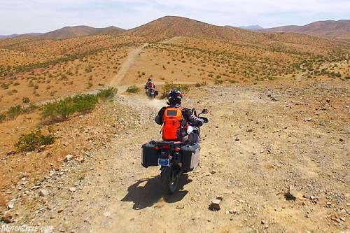 lua chon ktm 1090 adventure r hay honda crf1000l africa twin? hinh anh 4