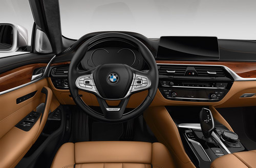 bmw 5-series 2017 tung ban gia re duoi 1,2 ty dong hinh anh 2