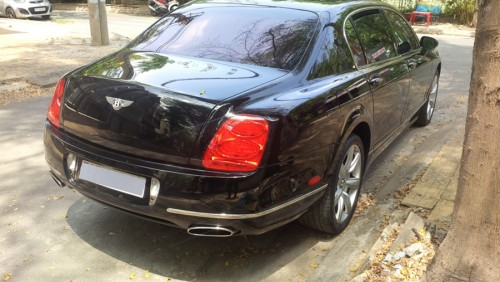 bentley continental flying spur sau 11 nam rot gia tham hinh anh 3