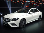 o to - Xe may - Mercedes ra mat E250 va E300 lap rap tai Viet Nam