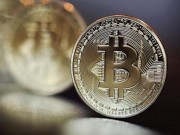 Tien ao bitcoin can moc 2.700 USD, du bao se dat 6.000 USD