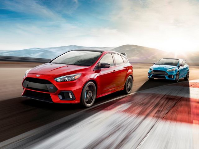 ford focus rs 2018 co gia 953 trieu dong hinh anh 1