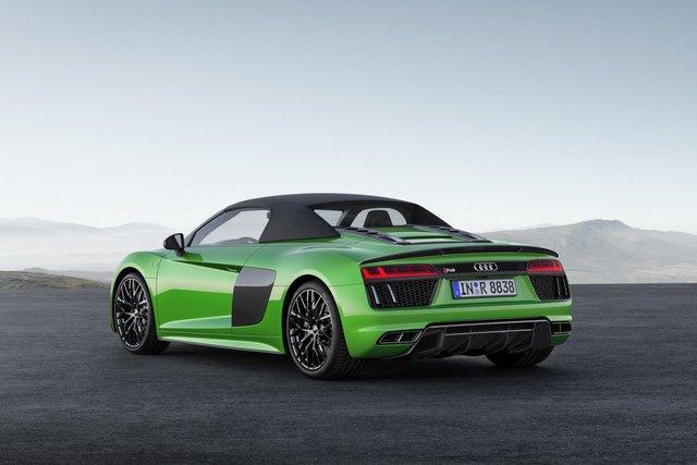 audi r8 v10 plus spyder 2017 lo dien voi gia 5,3 ty dong hinh anh 2