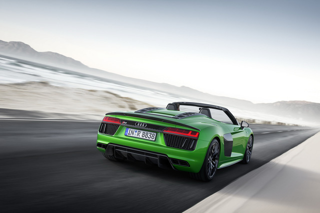 audi r8 v10 plus spyder 2017 lo dien voi gia 5,3 ty dong hinh anh 4