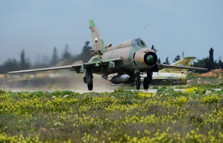 chien dau co my tung don ban ha su-22 syria nhu the nao? hinh anh 2