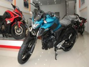 o to - Xe may - Yamaha FZ 25 an do ve Viet Nam gia hon 60 trieu dong