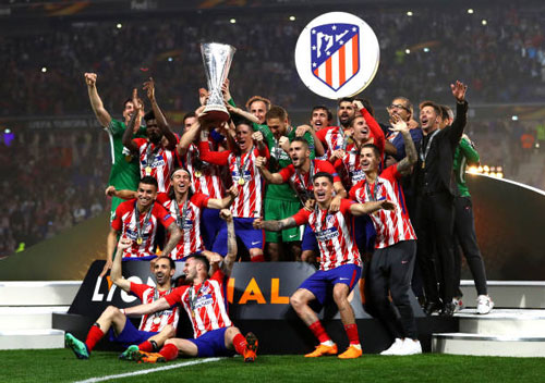 chum anh: atletico madrid tung bung don chiec cup europa league thu 3 hinh anh 3