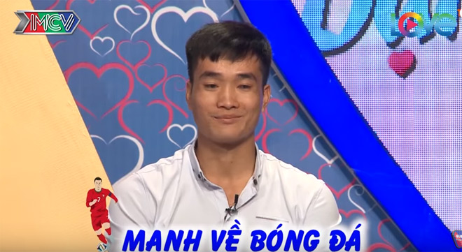 """anh trai song sinh"" duc chinh u23 gay sot ban muon hen ho hinh anh 2"