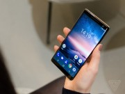 Video tren tay Nokia 8 Sirocco: Tren tam Galaxy S8