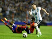 Mau giay hinh ten lua Messi, Ronaldo di tai World Cup 2018