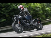 o to - Xe may - Bonneville Bobber Black 2018 co mau moi, gia 427 trieu dong