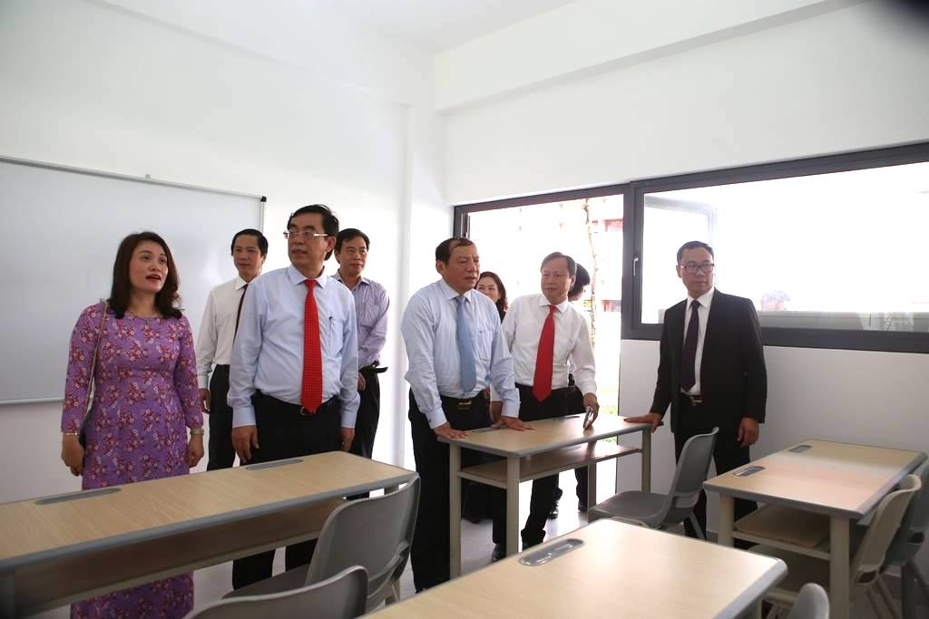 khanh thanh truong ischool quang tri hinh anh 2