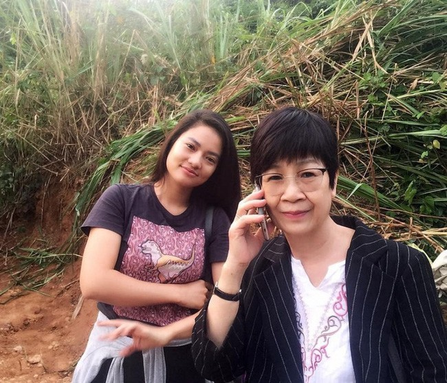 huynh anh to nguoc doan phim lay su co bo show cua anh de pr cho phim hinh anh 1