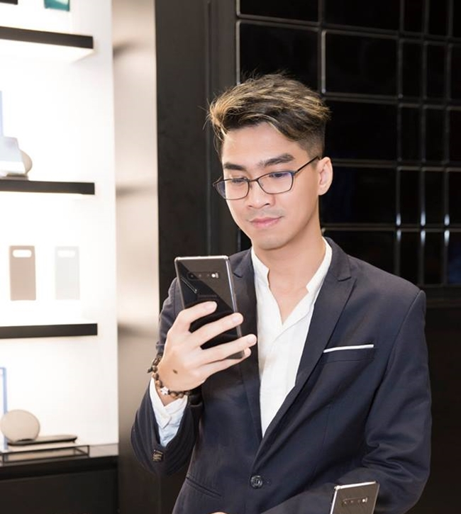 hot streamer tung duoc tram anh dong y hen ho giau co nao? hinh anh 16
