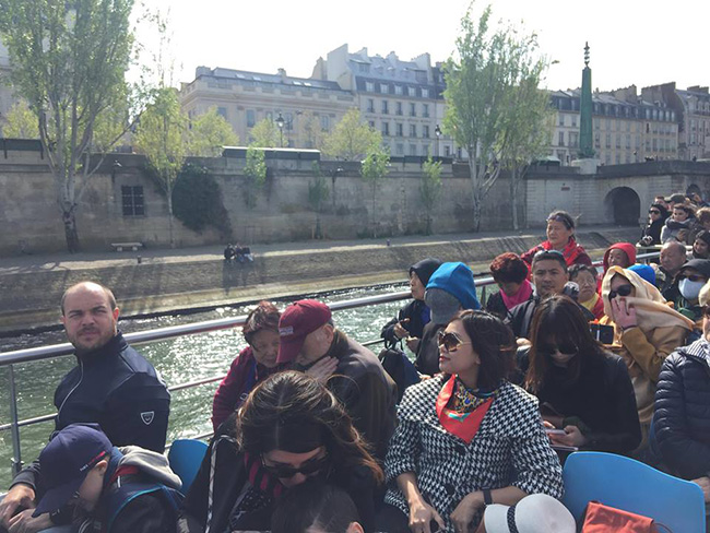"ghe tham dong song seine tho mong cua ""thanh pho tinh yeu"" paris hinh anh 12"