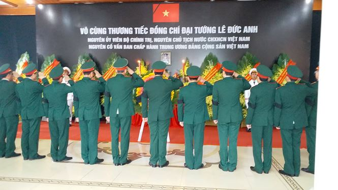 toan canh le vieng dai tuong le duc anh hinh anh 39
