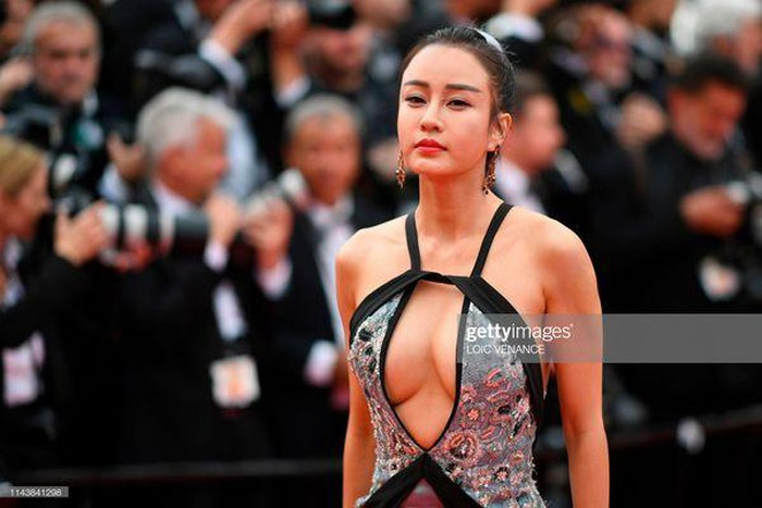 "loat my nhan sieu vong 1 lam ""nao loan"" tham do cannes 2019 hinh anh 14"