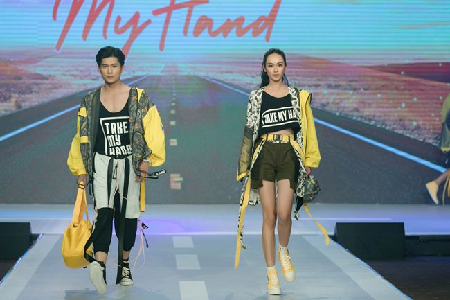 thanh hang hoi ngo hoc tro the face tren san catwalk hinh anh 6