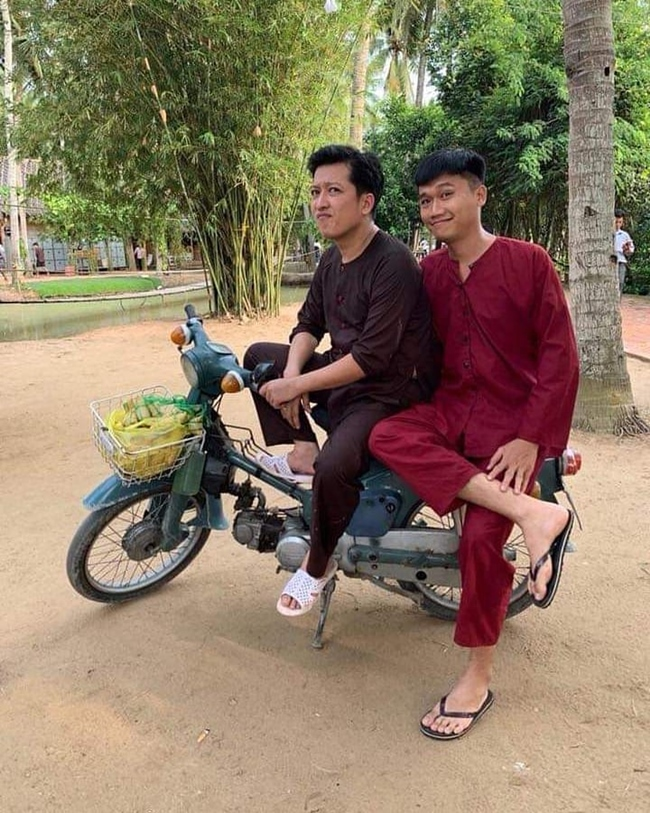 co nha lau, xe hoi nhung 4 mc dat show nhat hien nay lai song trai nguoc the nay hinh anh 10