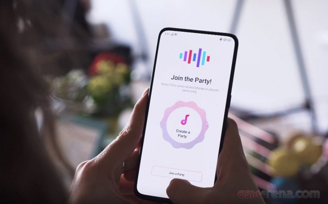 """video can canh """"bom tan"""" oppo reno 10x zoom hinh anh 1"""