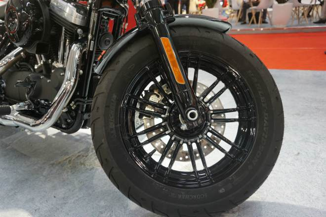 2019 harley davidson forty eight gia nua ty hut phai manh viet hinh anh 6