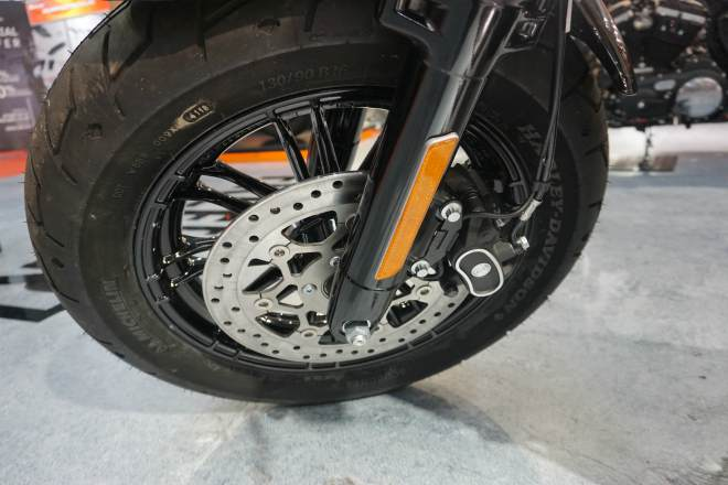 2019 harley davidson forty eight gia nua ty hut phai manh viet hinh anh 7