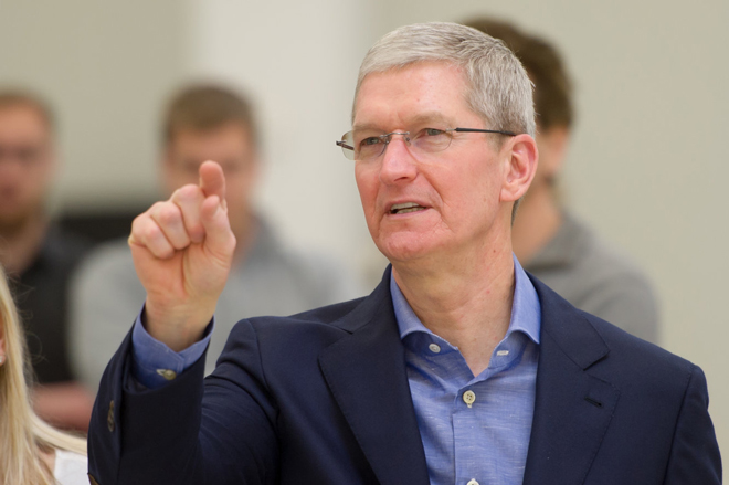 ceo apple - tim cook tiep tuc chi trich cac cong ty cong nghe hinh anh 1