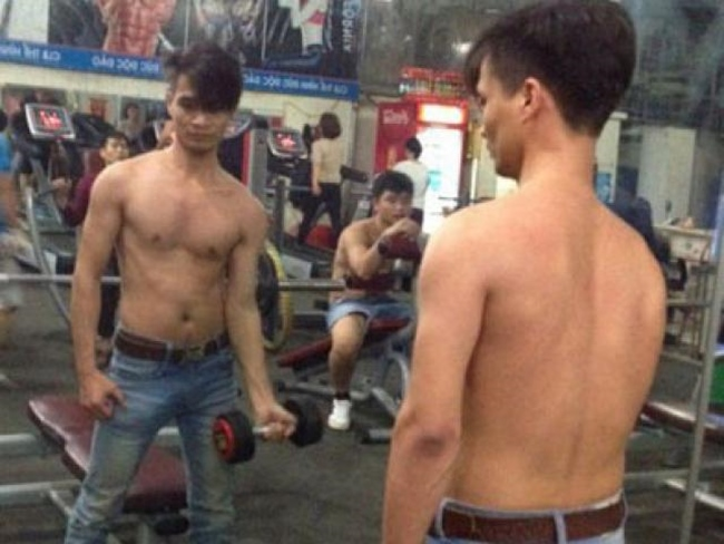 """le roi va loat sao viet nghien gym """"gay sot"""" voi hinh anh khoe co bap hinh anh 3"""