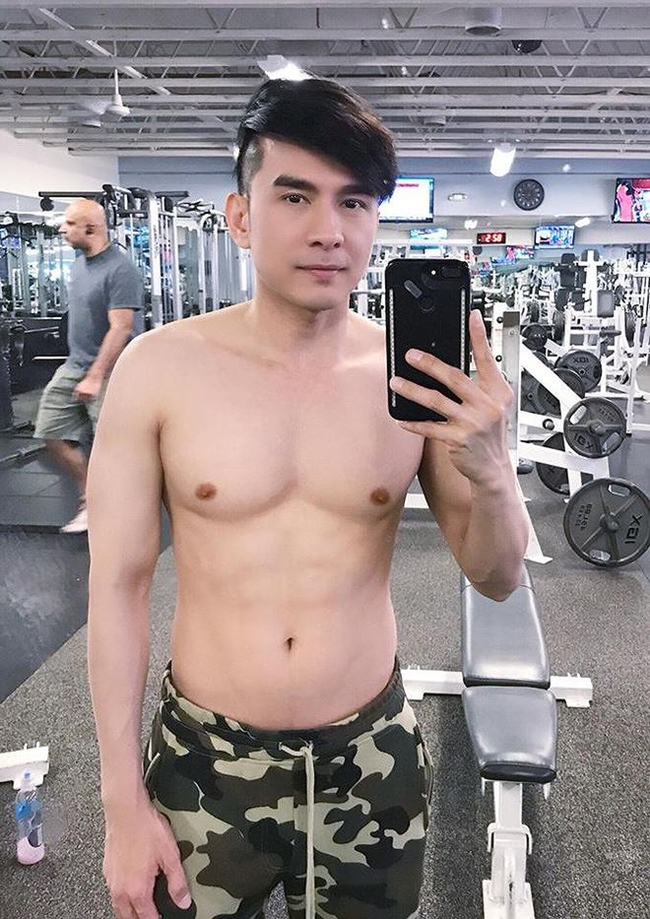 """le roi va loat sao viet nghien gym """"gay sot"""" voi hinh anh khoe co bap hinh anh 5"""