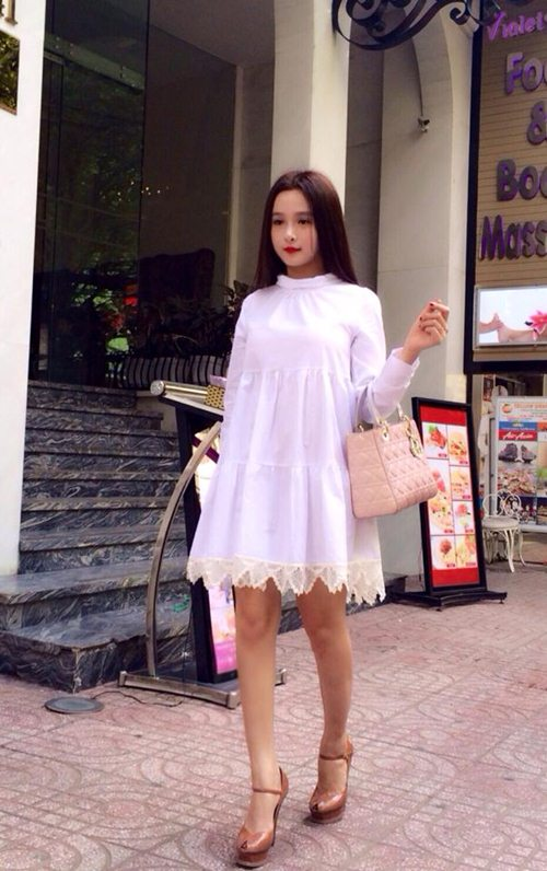 """lac mat"" truoc bst tui xach tien ty cua hotgirl huyen baby hinh anh 2"