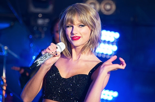 taylor swift dan dau de cu giai video am nhac mtv 2015 hinh anh 1