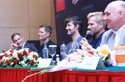 ve lang tu cua micheal learns to rock tai ha noi hinh anh 2