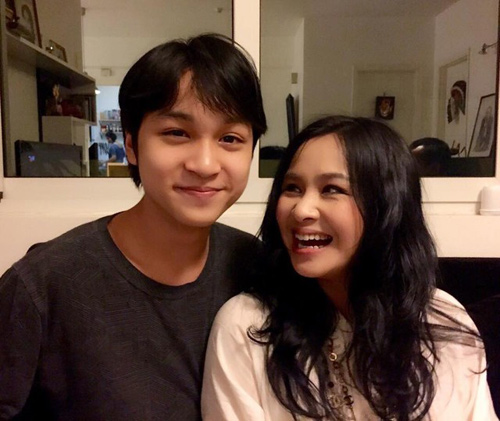 con trai diva thanh lam: me la nguoi hat hay nhat! hinh anh 3