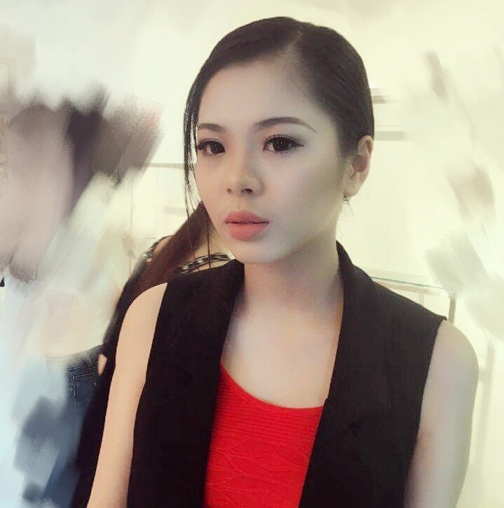 """nam lun"" goi cam va co gai cao 1m81 o hh ban sac viet hinh anh 8"