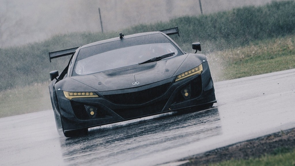acura nsx gt3 khoe co the soi carbon tren mot duong thu hinh anh 1