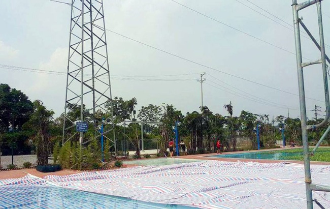 giat minh be boi xay duoi chan cot dien cao the 110kv hinh anh 1