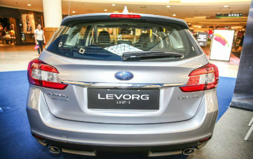 xem truoc subaru levorg 1.6 gt-s gia 1,1 ty dong hinh anh 2