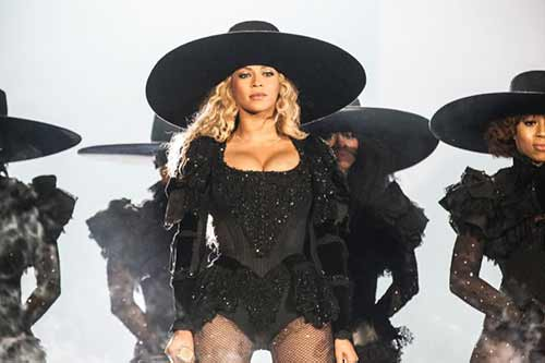 "tu do an tuong cua beyonce trong ""formation world tour"" hinh anh 5"