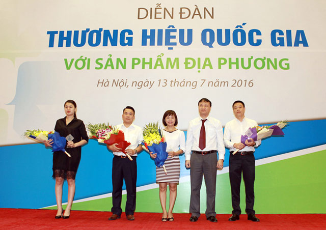pvfcco tich cuc dong hanh cung tuan le thuong hieu quoc gia viet nam 2016 hinh anh 1