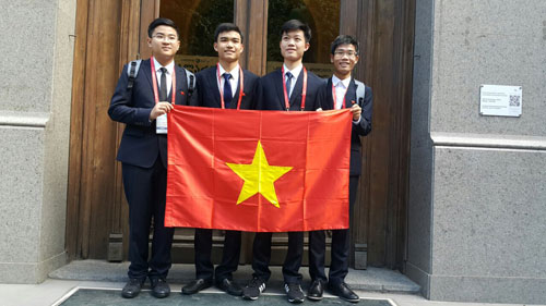 viet nam doat 2 huy chuong vang olympic hoa hoc quoc te hinh anh 1