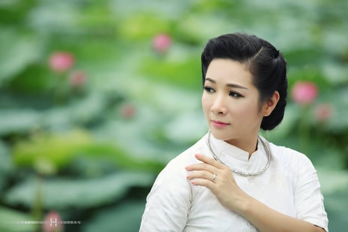 thanh thanh hien duoc chong ung ho tro lai voi am nhac hinh anh 1