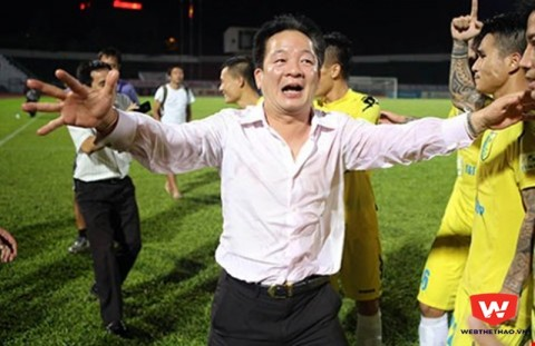 bau hien co the 1 tay che ca… v.league? hinh anh 1