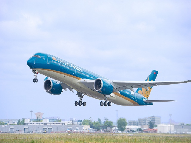 vietnam airlines xem xet mua them 10 may bay a350 hinh anh 1