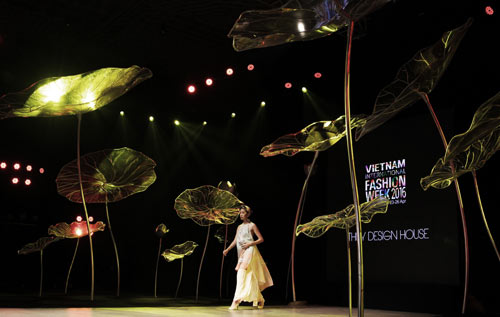 vietnam international fashion week se co diem gi moi? hinh anh 2
