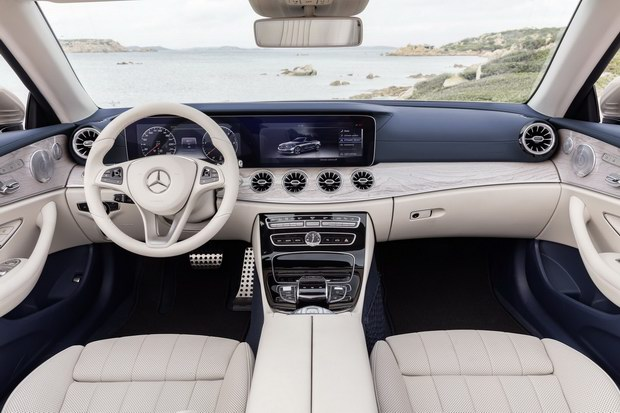 mercedes e-class cabriolet 2018 co gia tu 1,4 ty dong hinh anh 3