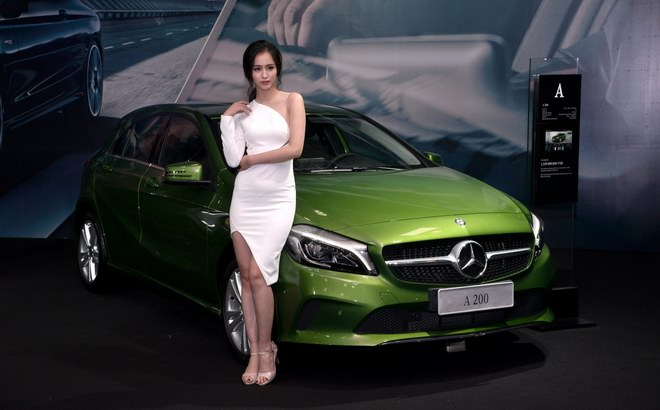 ngam dan my nu tai trien lam mercedes-benz fascination 2017 hinh anh 3