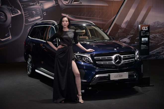 ngam dan my nu tai trien lam mercedes-benz fascination 2017 hinh anh 4