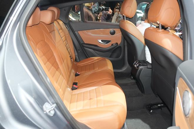mercedes glc 300 coupe gia 2,89 ty dong tai viet nam hinh anh 5
