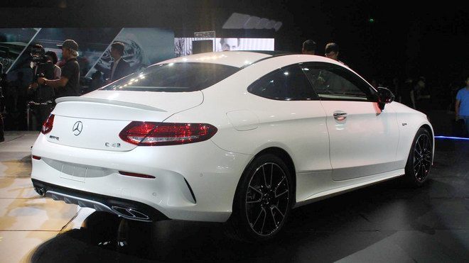 can canh mercedes-amg c43 coupe gia 4,2 ty dong hinh anh 4