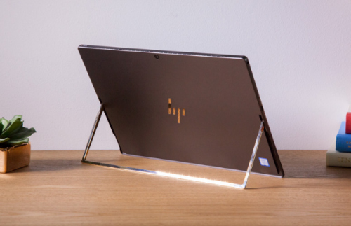 chon hp spectre x2 hay surface pro? hinh anh 1